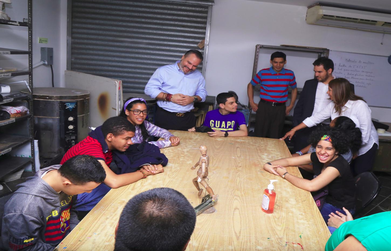 MiCultura aumenta programa inclusivo en Escuela de Artes Plásticas