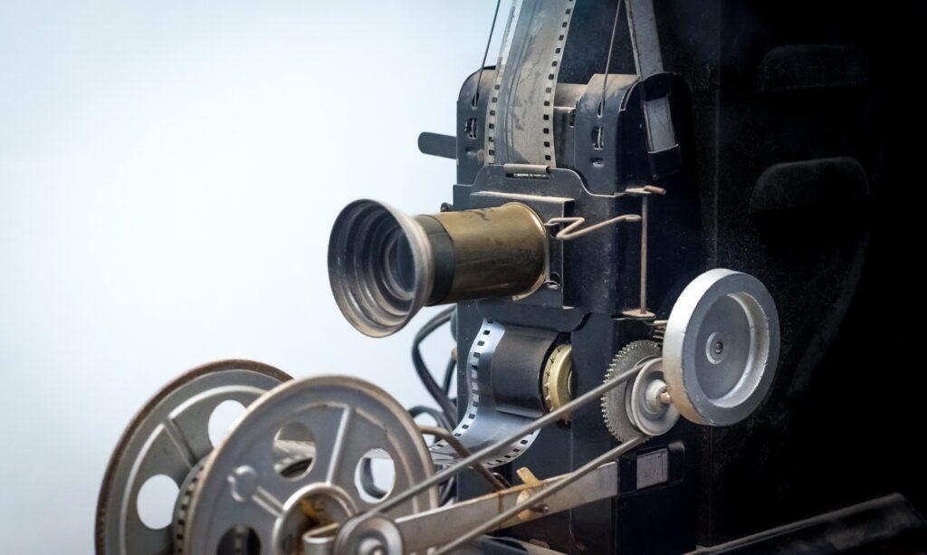 brújula para construir la película