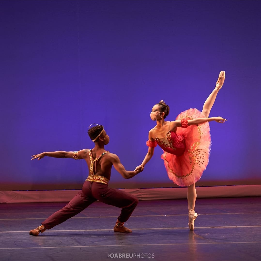 Con presentaciones del Ballet Nacional, MiCultura celebra día de la Danza
