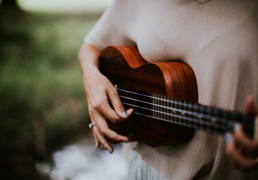 Clases de Canto, Ukelele y Percusión